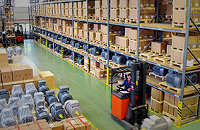 Warehouse storage and added-value logistics services